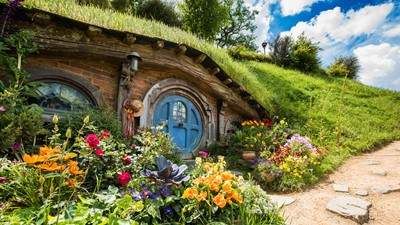 hobbiton-movie-set-matamata-nz
