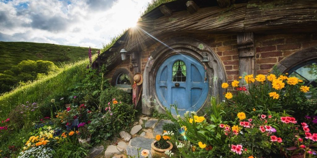 hwt52_hobbiton-movie-set-1024x684-panorama